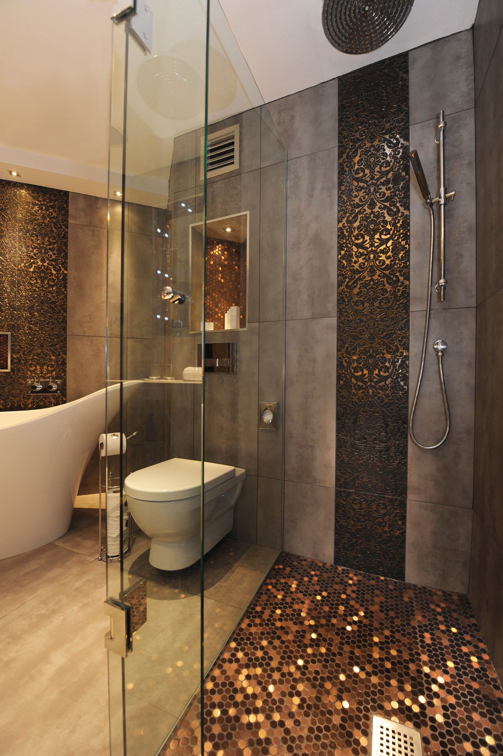 Gorgeous Ways To Bring A Little Glamour Into Your Bathroom Houzz Uk