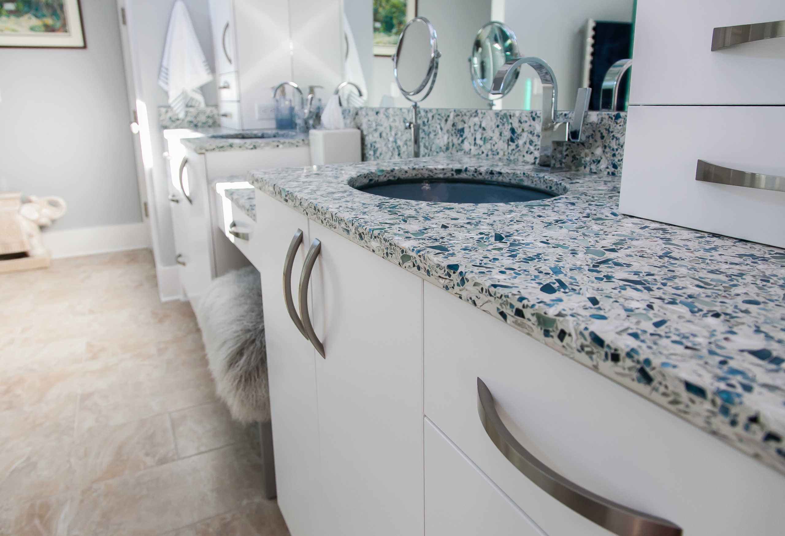 75 Beautiful Ceramic Tile Bathroom With Recycled Glass Countertops Pictures Ideas January 2021 Houzz