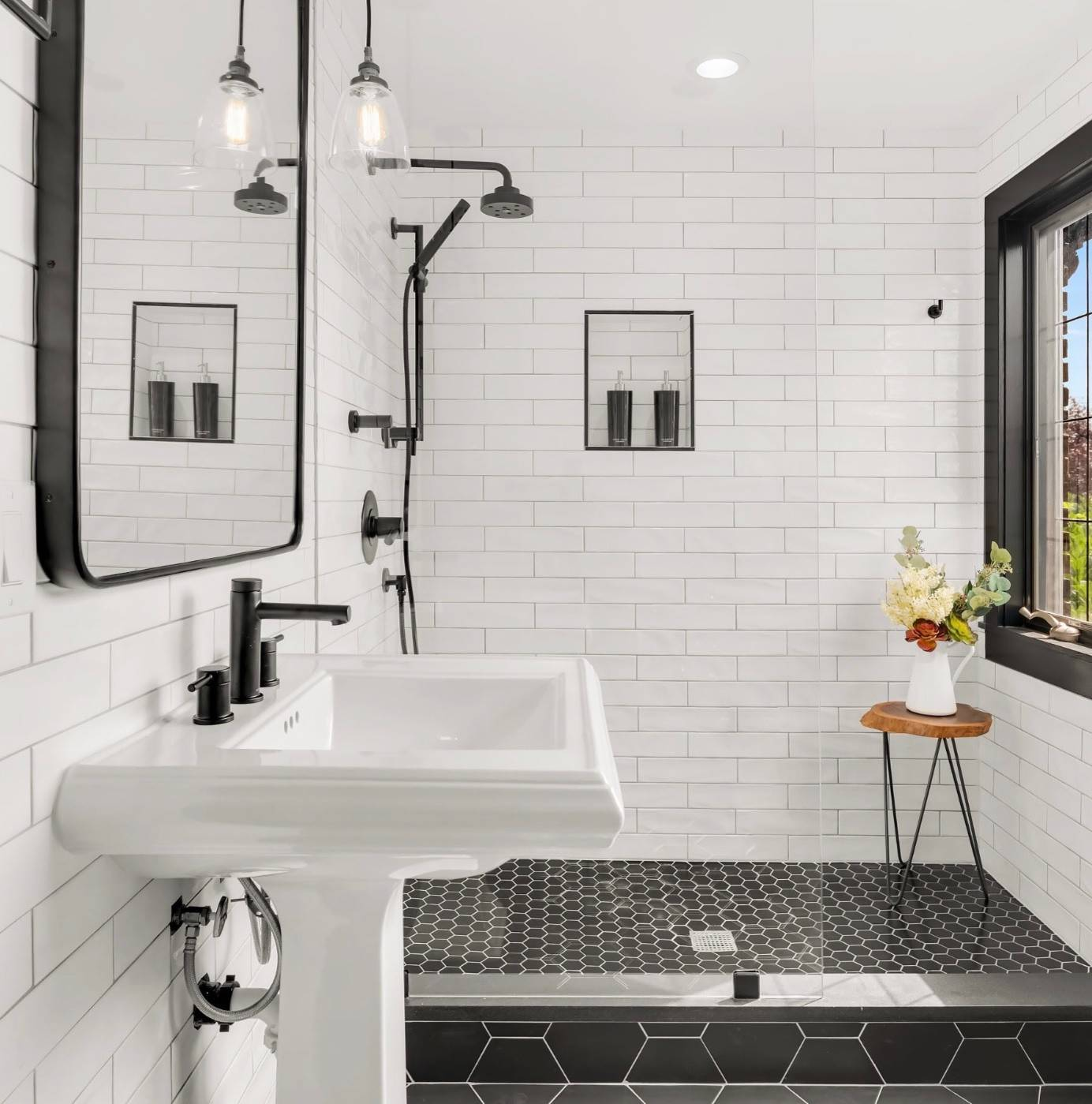 75 Beautiful Subway Tile Bathroom Pictures Ideas November 2020 Houzz