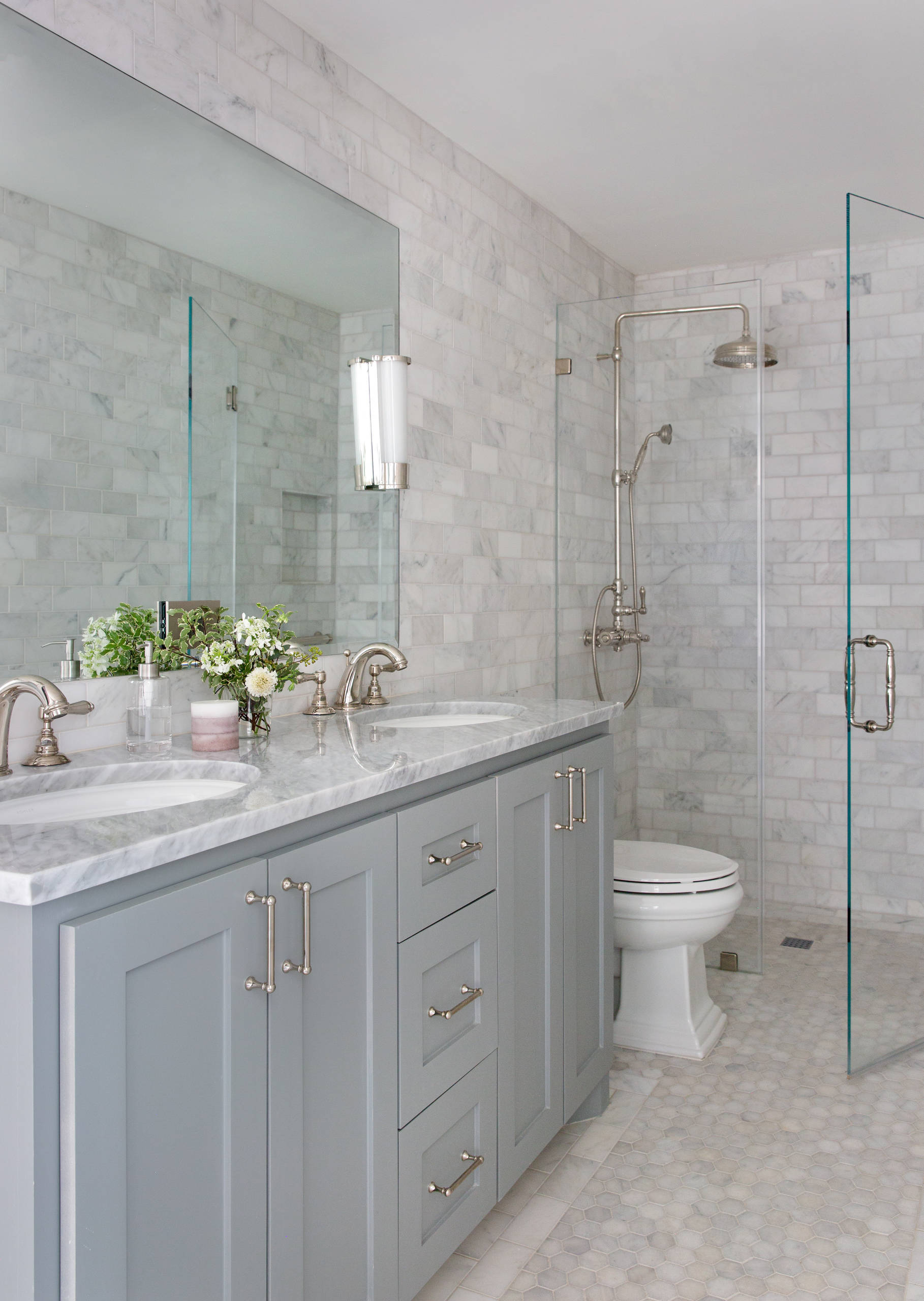 75 Beautiful Small Traditional Bathroom Design Ideas Pictures Houzz