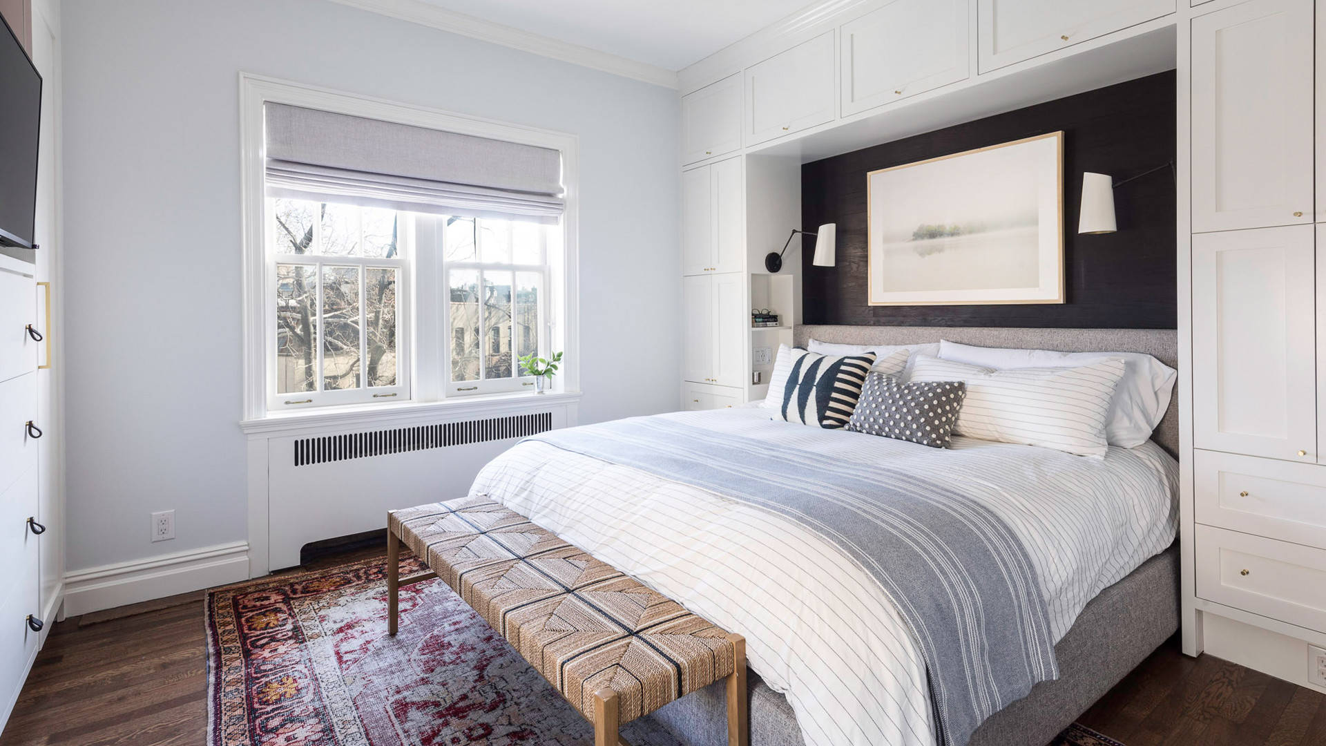 75 Beautiful Small Bedroom Pictures Ideas May 2021 Houzz