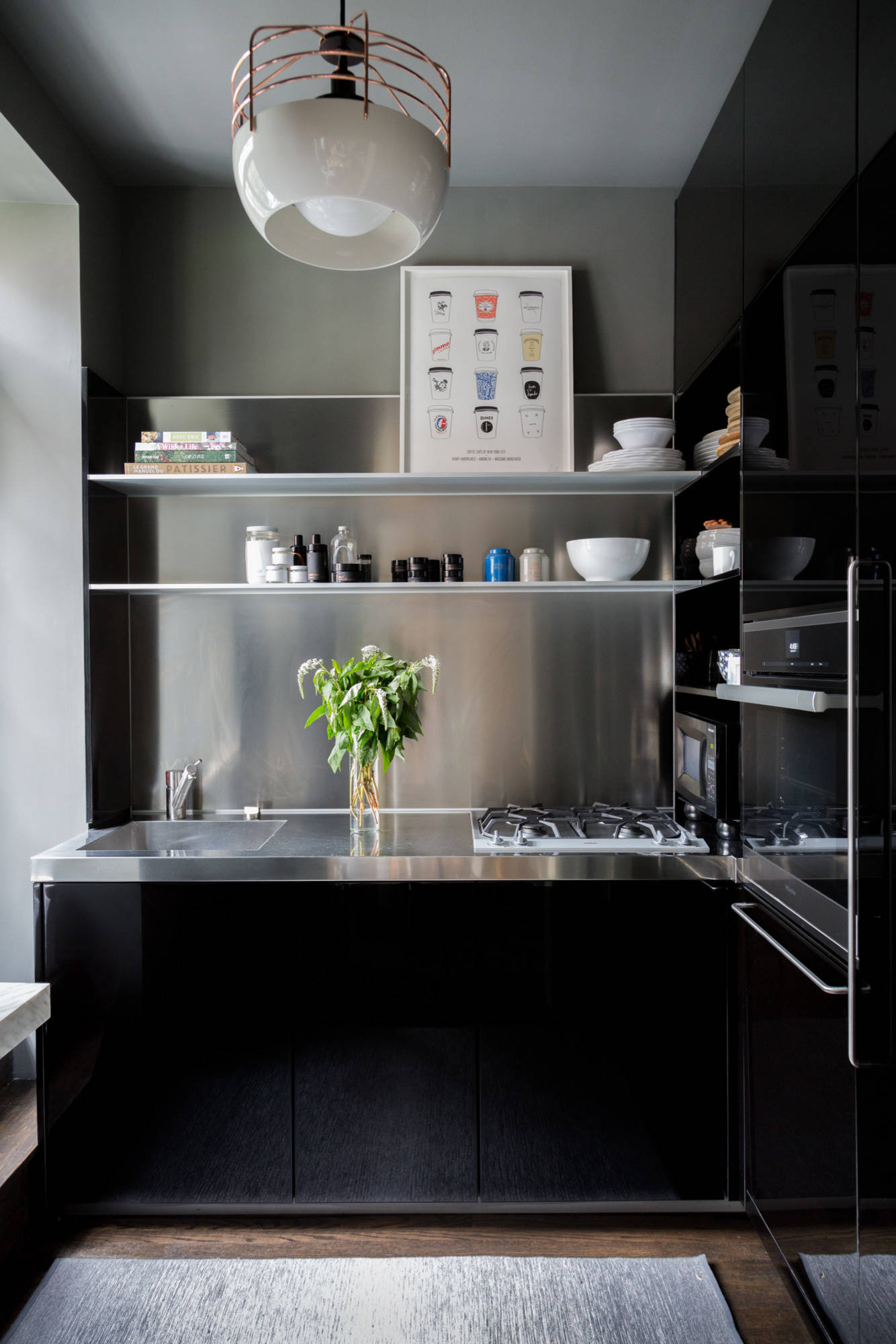 75 Beautiful Kitchen With Stainless Steel Countertops Pictures Ideas January 2021 Houzz