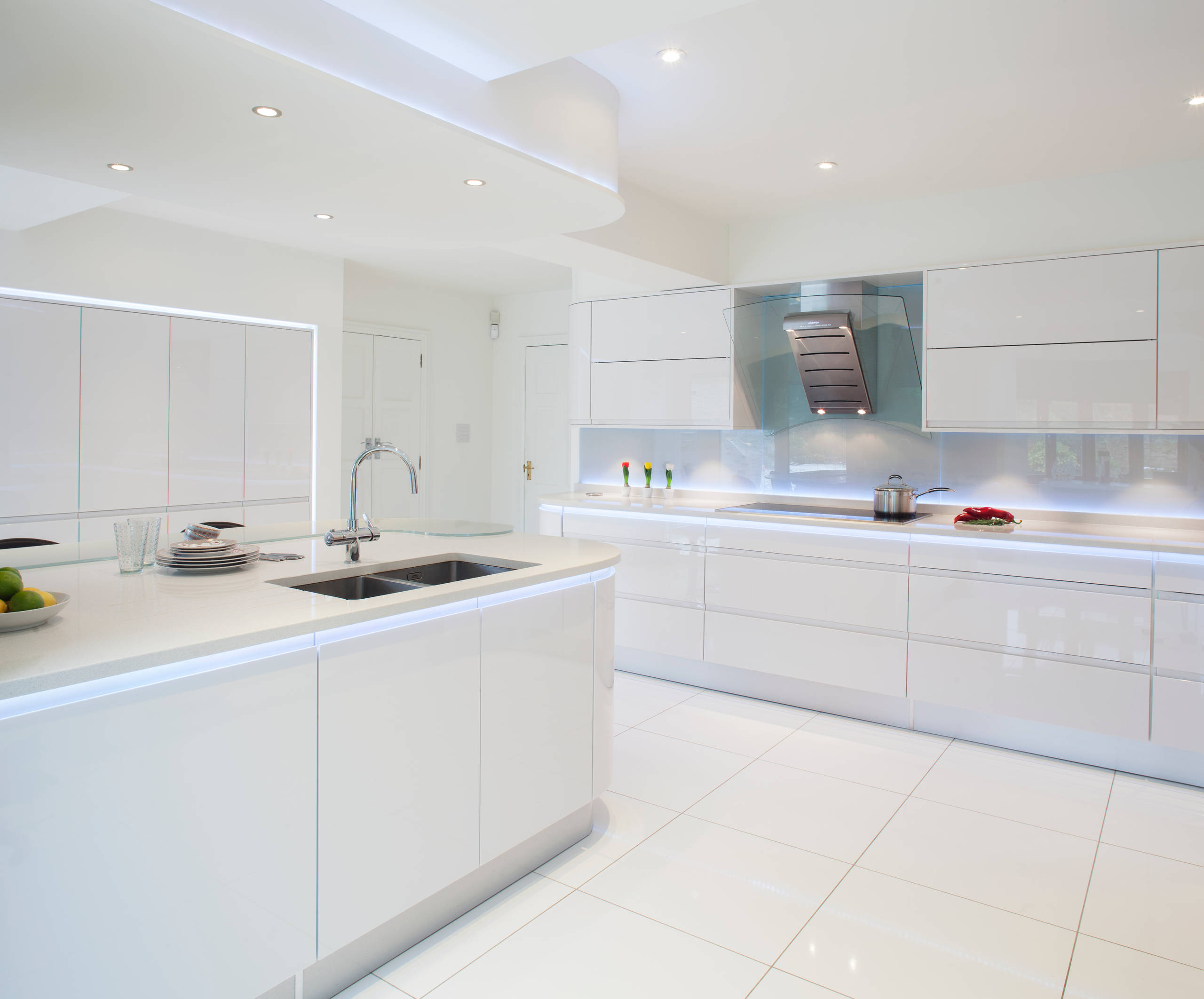 75 Beautiful Kitchen With Recycled Glass Countertops Pictures Ideas January 2021 Houzz