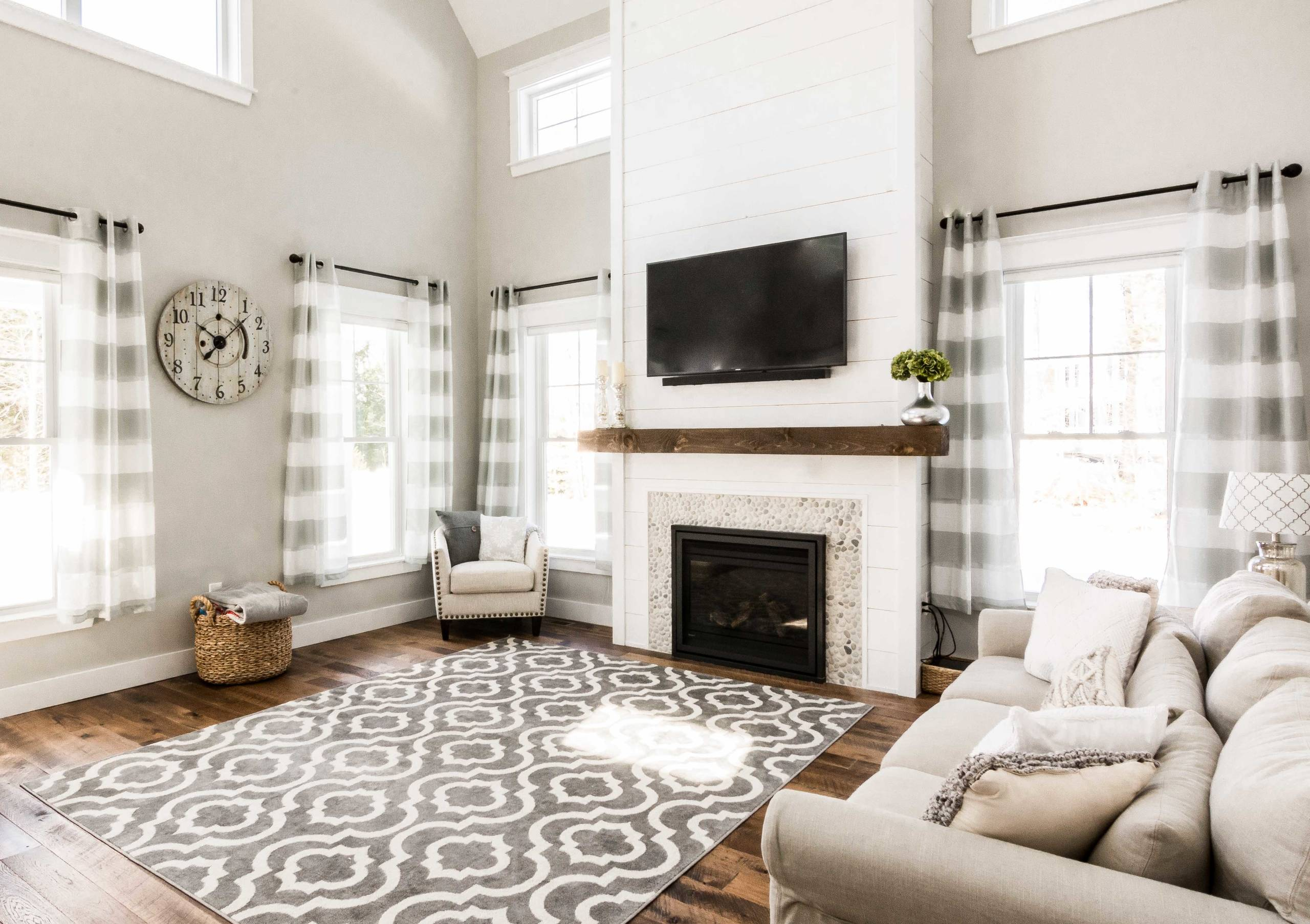 75 Beautiful Farmhouse Living Room With A Stone Fireplace Pictures Ideas January 2021 Houzz