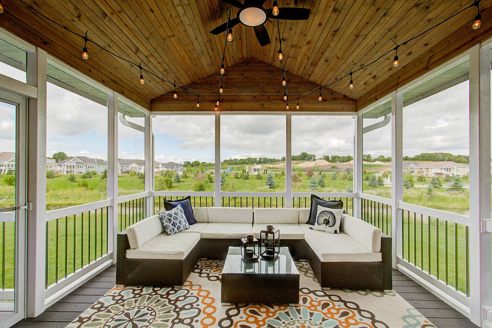 75 Beautiful Screened In Porch Pictures Ideas May 2021 Houzz