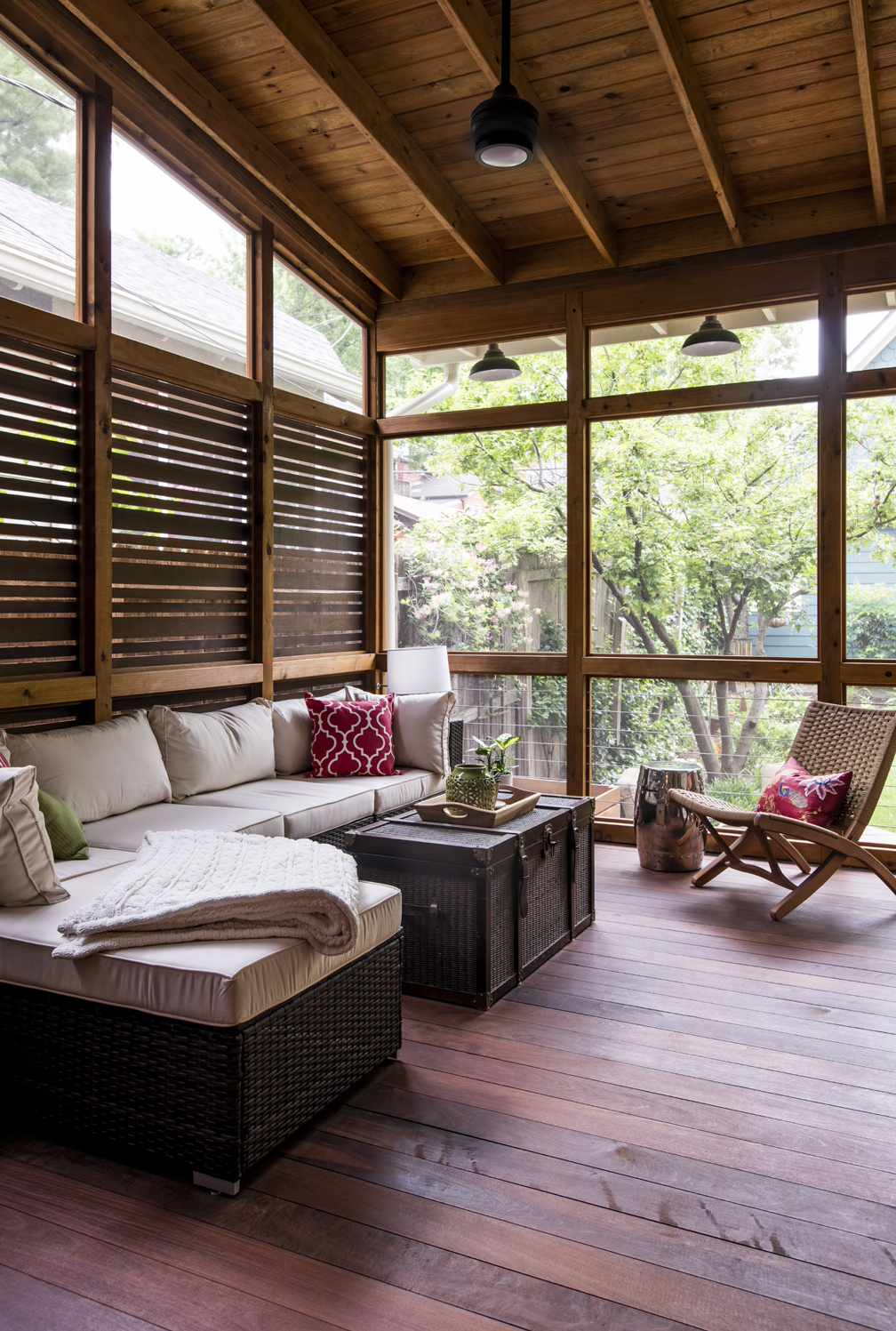 75 Beautiful Small Screened In Porch Pictures Ideas May 2021 Houzz
