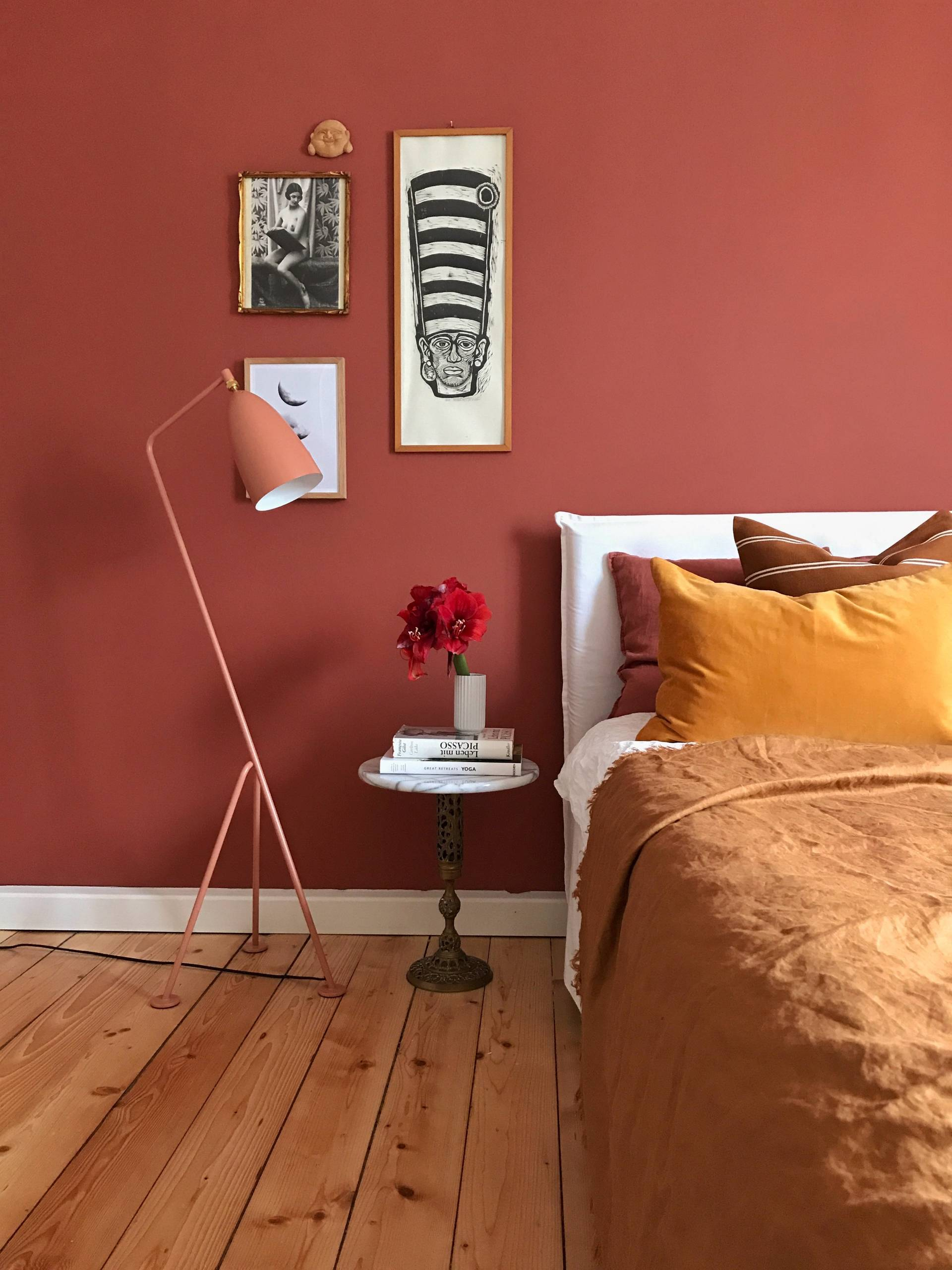 75 Beautiful Bedroom With Red Walls Pictures Ideas February 2021 Houzz