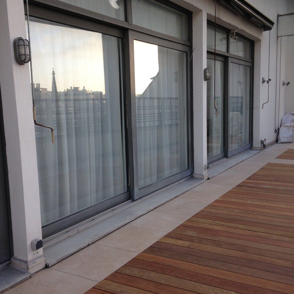 Terrasse Mixte Bois Et Dalles Contemporary Patio Paris By Balcons Et Terrasses De France