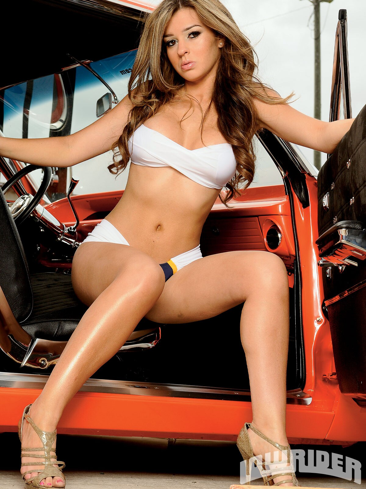 Girl With Bike Hd Wallpaper Shanna Amp Elizabeth Lowrider Girls Models Lowrider Magazine