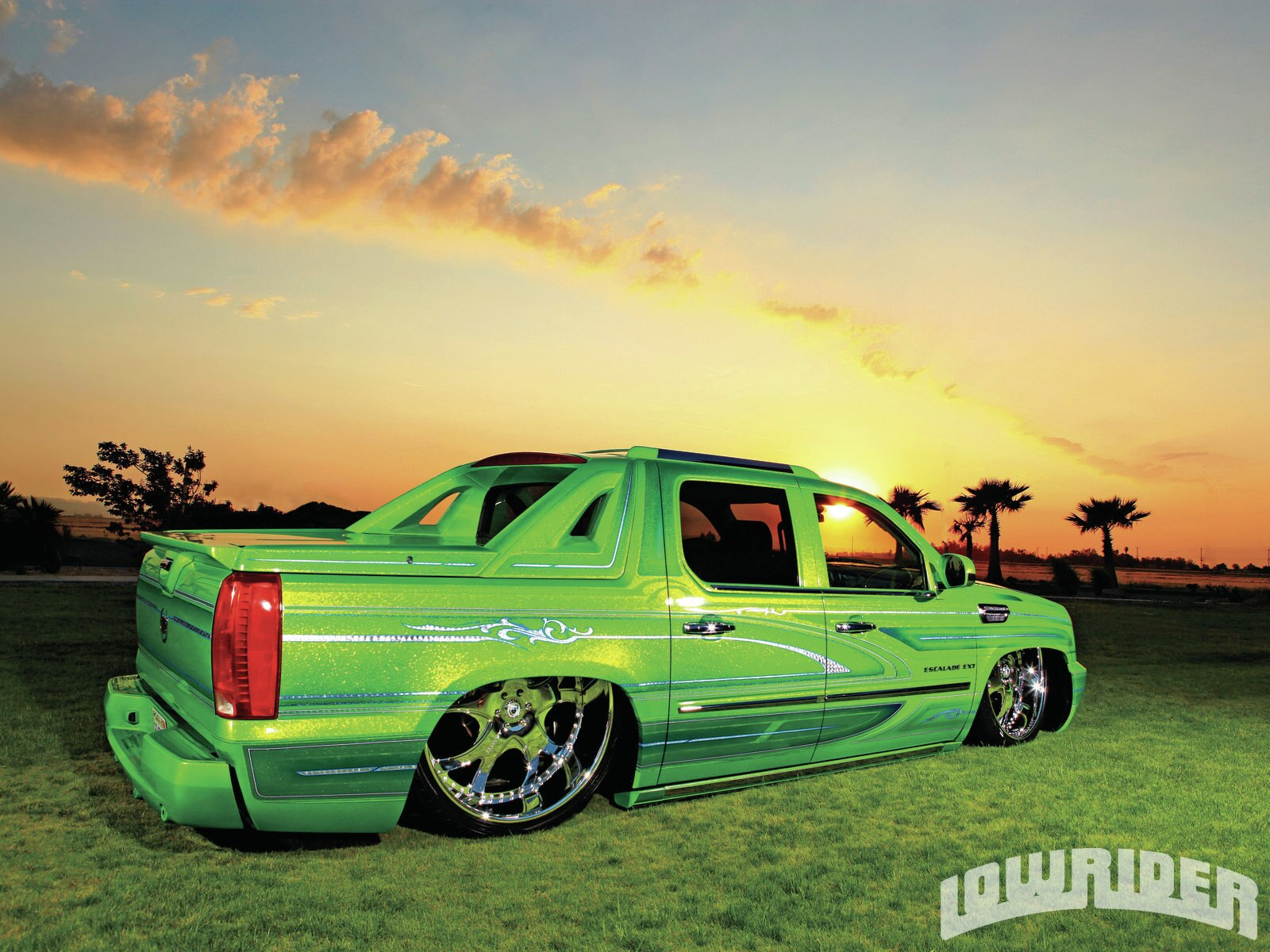 Girls And Lowrider Wallpaper Pic 2009 Cadillac Escalade Ext Lowrider Magazine