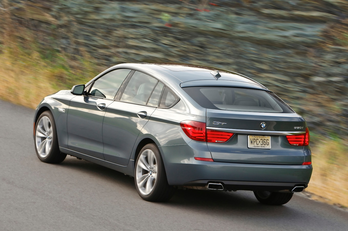 Bmw 5 Series Gran Turismo Review 2013 Bmw 5 Series Reviews And Rating Motortrend