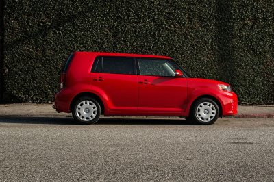 2013 Scion xB Reviews and Rating | Motor Trend