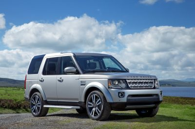 2015 Land Rover LR4 Reviews and Rating | Motor Trend