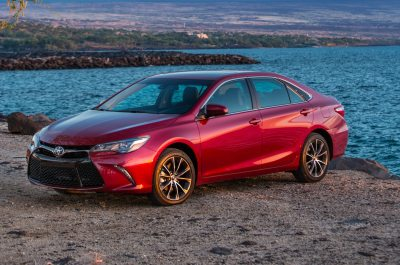 2015 Toyota Camry Reviews and Rating | Motor Trend