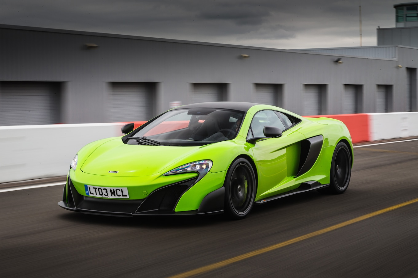 Fastest Car In The World Wallpaper 2016 Mclaren 675lt Reviews And Rating Motor Trend