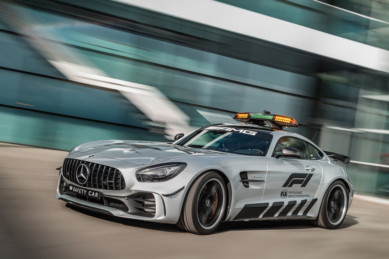 Mercedes Amg Mercedes Amg Gt R Is One Powerful F1 Safety Car Motortrend