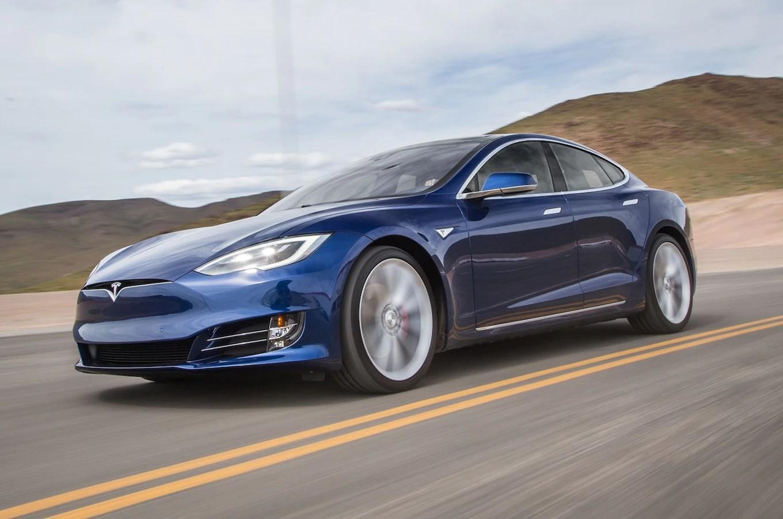 Red Lamborghini Car Wallpaper 2016 Tesla Model S P90d Quick Drive Review Motor Trend