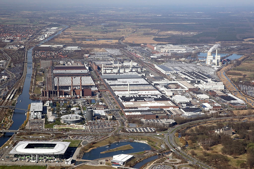 Hannover Outlet Unexploded Bomb From Wwii Found At Vw's Headquarters