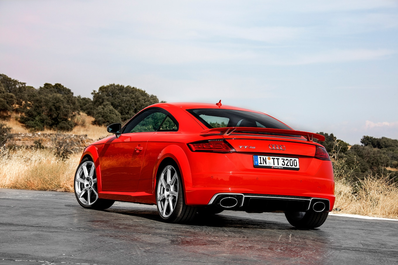 Tt 2017 2017 Audi Tt Rs First Drive Review Motor Trend