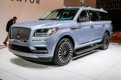 2018 Lincoln Navigator First Look Review - Motor Trend