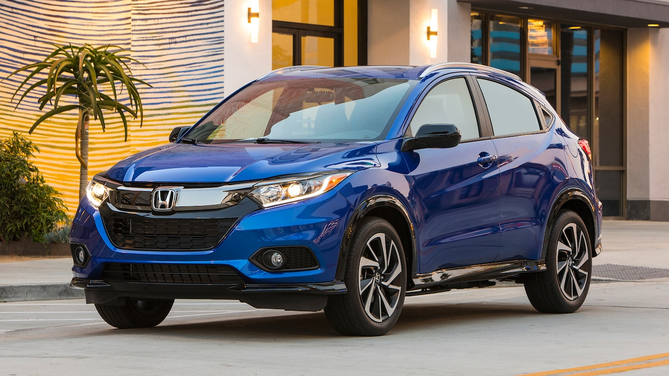 Honda Hrv Avis 2019 Honda Hr V Sport First Test New Face Same Heart Motortrend