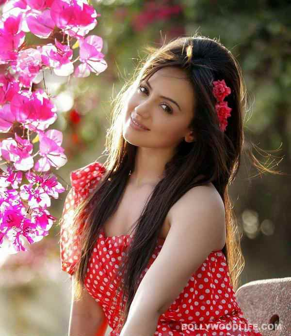 Death Wallpapers With Quotes In Hindi Sana Khan Gives Her Version Of The Kidnapping Story