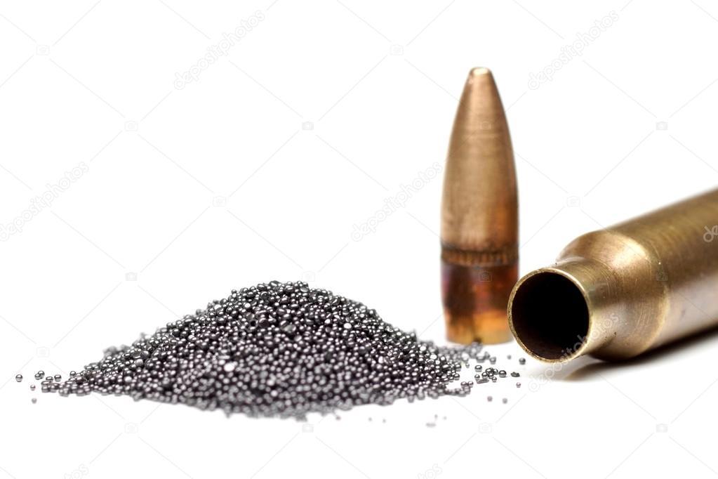 proch strzelniczy i pocisk naboju \u2014 Zdjęcie stockowe © weerapat - proch