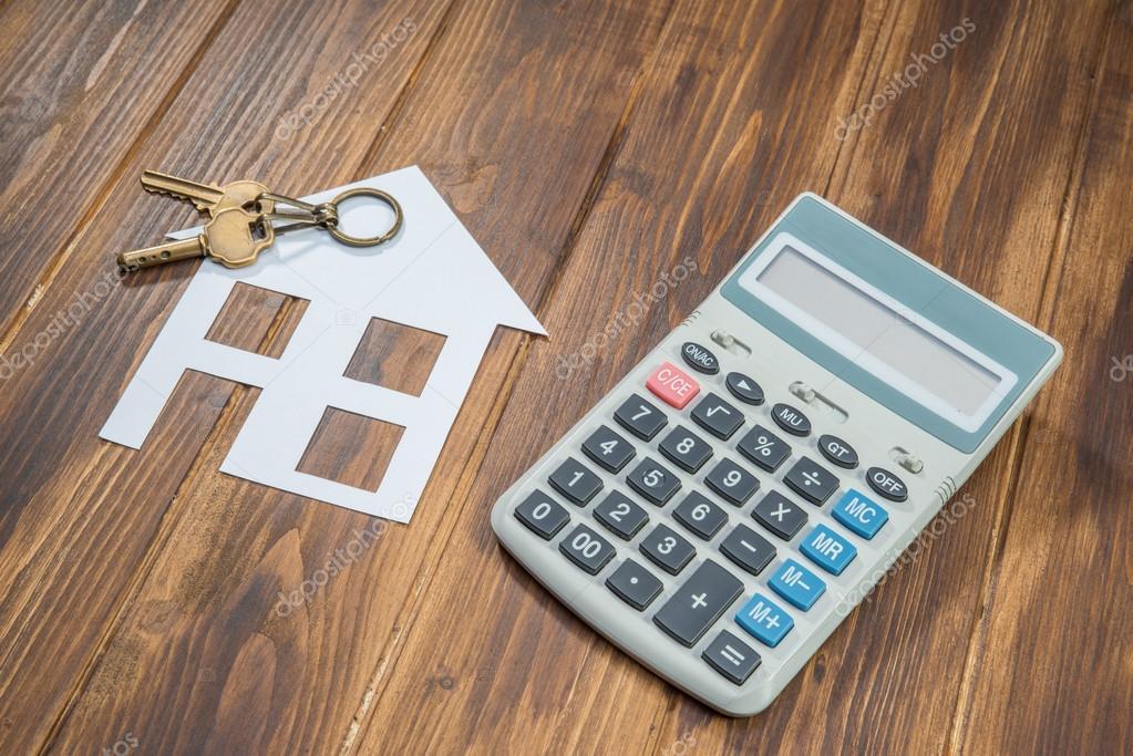 Hypoteční kalkulačka, house a klíč s kalkulačkou \u2014 Stock Fotografie