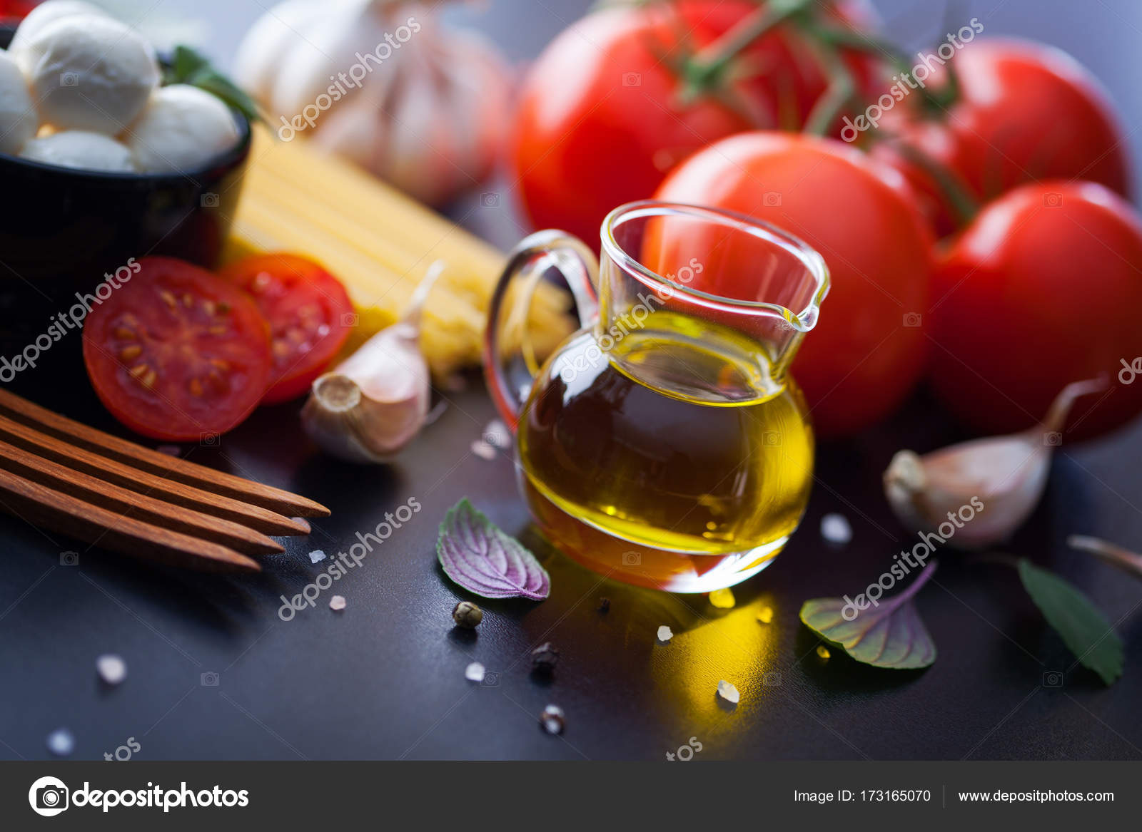 Cuisines Vial Vial With Olive Oil Stock Photo Matka Wariatka 173165070