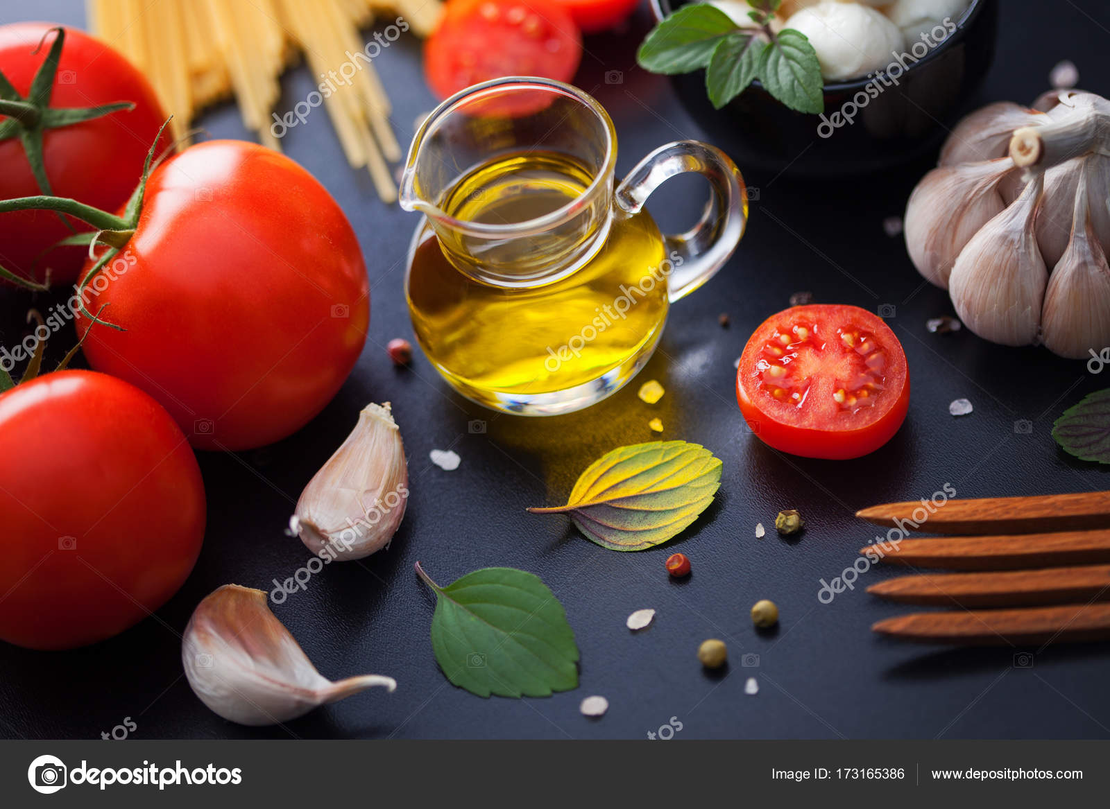 Cuisines Vial Vial With Olive Oil Stock Photo Matka Wariatka 173165386
