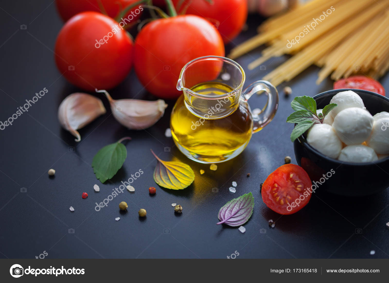 Cuisines Vial Vial With Olive Oil Stock Photo Matka Wariatka 173165418