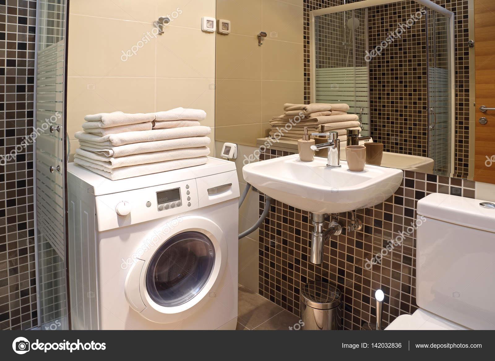 Wasmachine In Badkamer : Kleine badkamer wasmachine bevallig kleine badkamer met