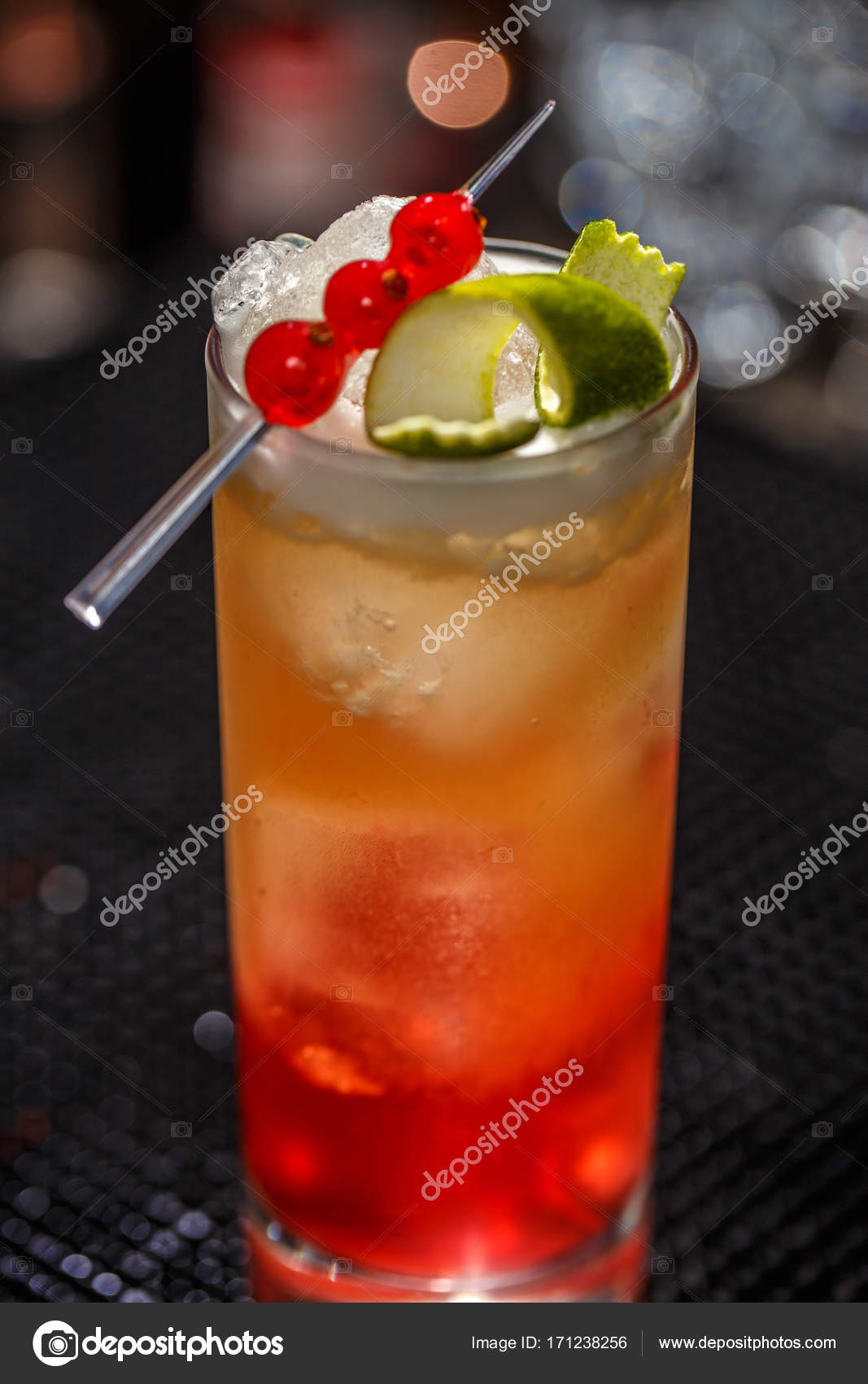 Alcoholvrije Cocktail Alcoholische Of Alcoholvrije Cocktail Stockfoto Grafvision