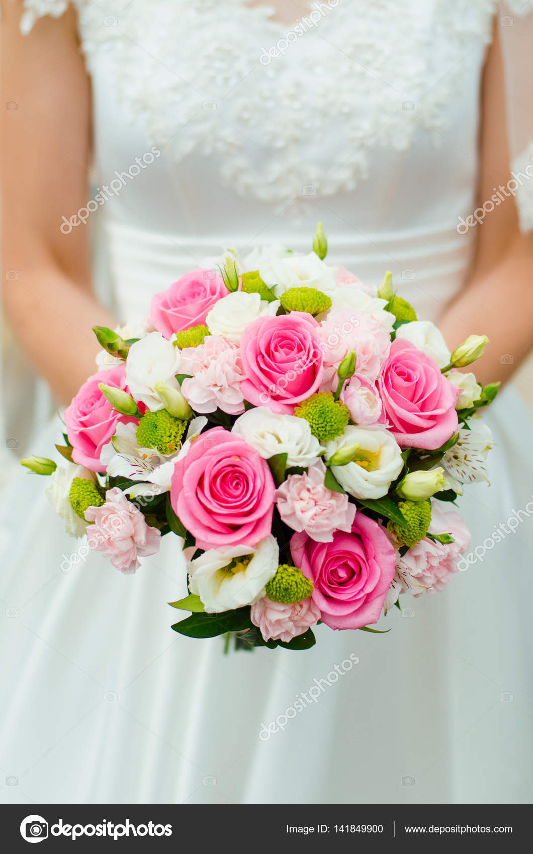 Hochzeitsstrauß Rosen Rosa Wedding Bouquet With Pink Roses Stock Photo O Yaremchuk