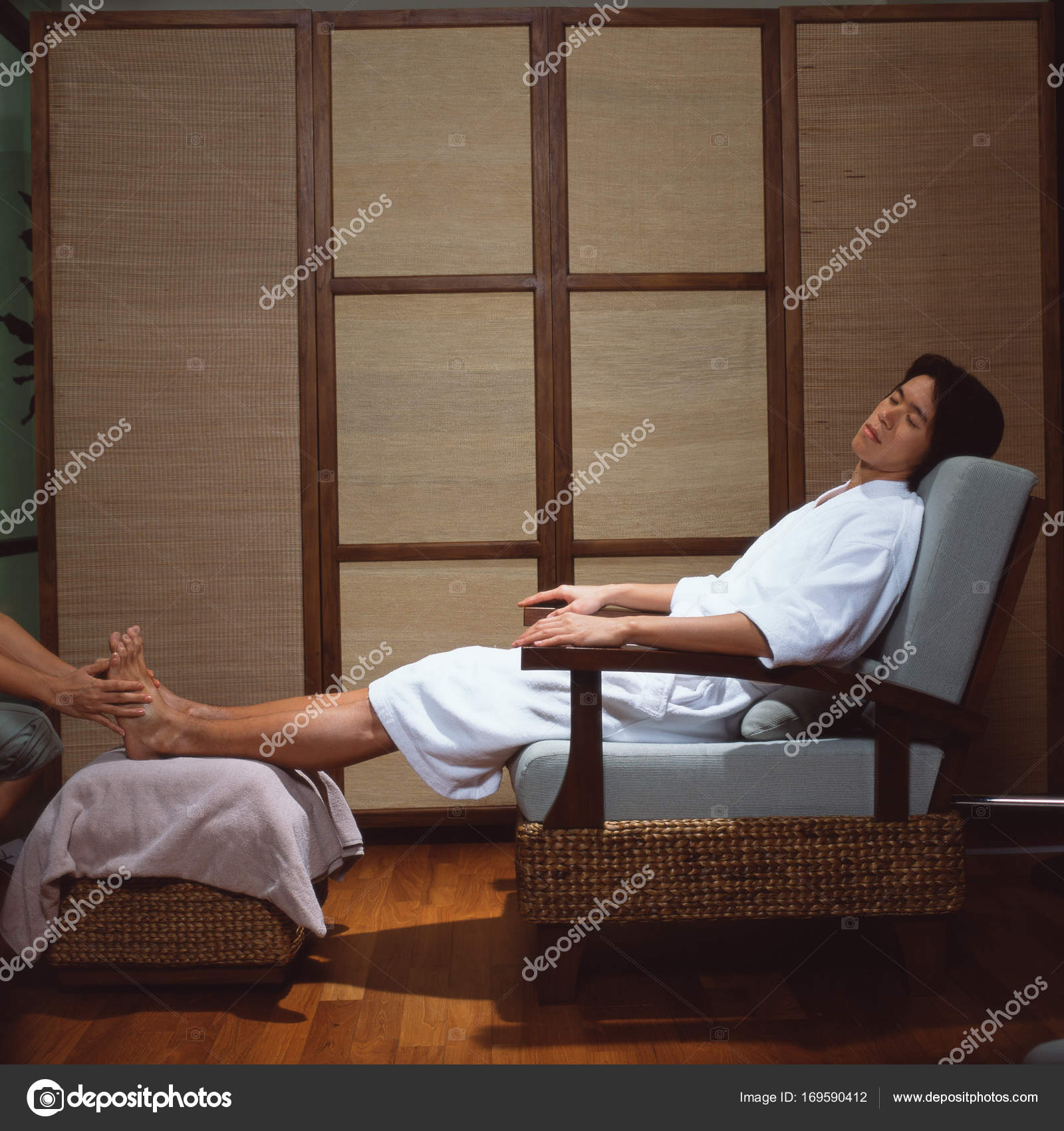 Sillones Pedicura Spa Man Laying Armchair Having Pedicure Spa Stock Photo