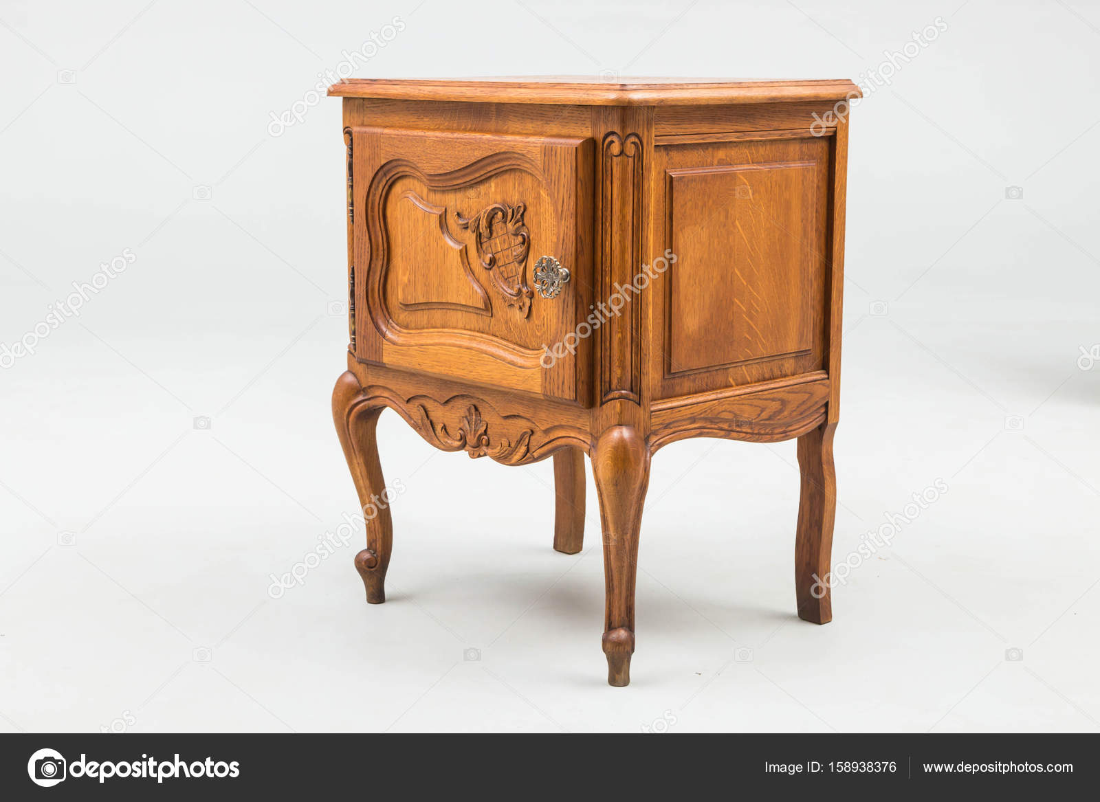 Commodes Anciennes Bois Antique Commodes Photographie Jbgroup 158938376