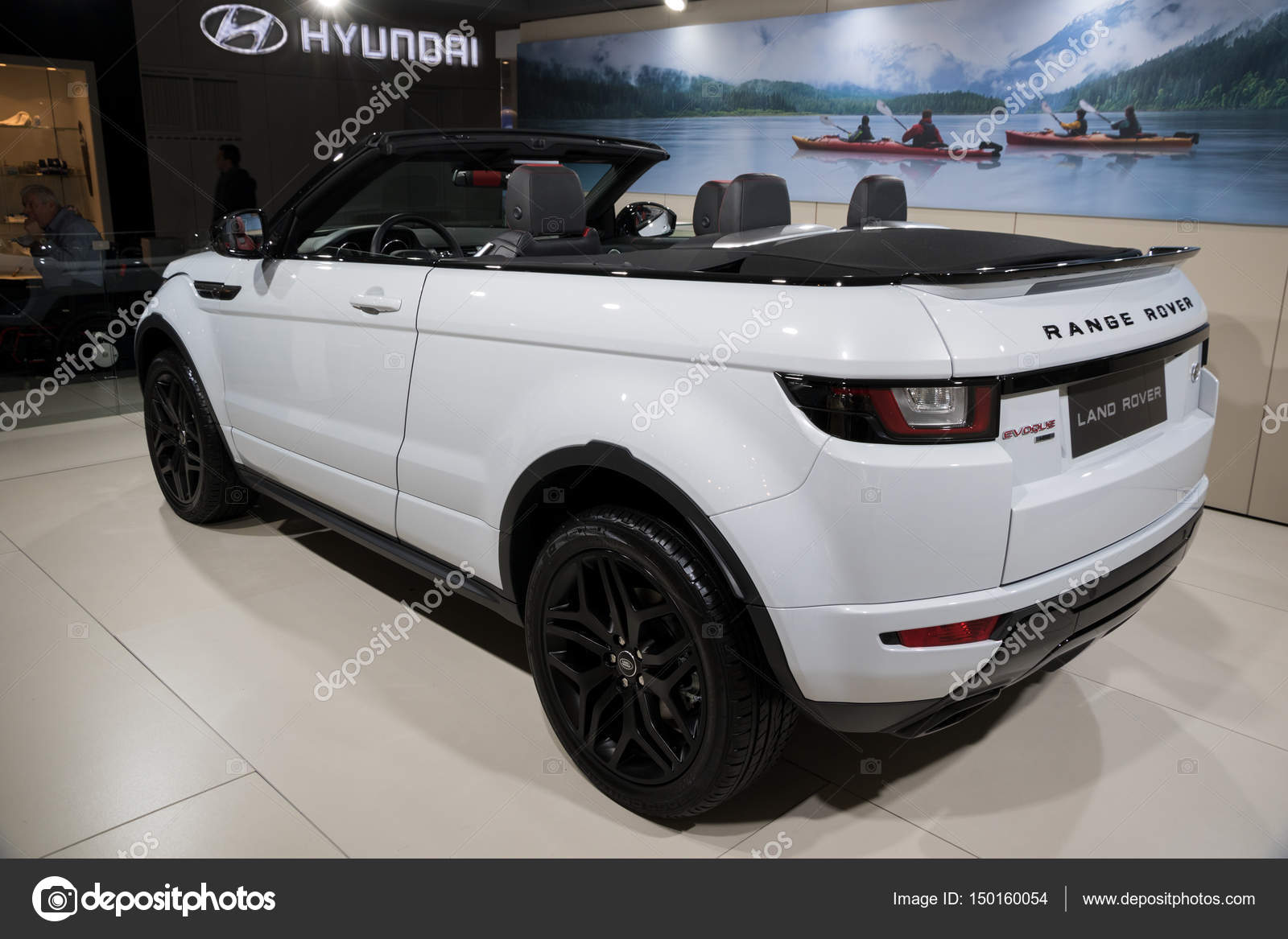 Salon Convertible Range Rover Evoque Convertible Car Stock Editorial Photo Foto
