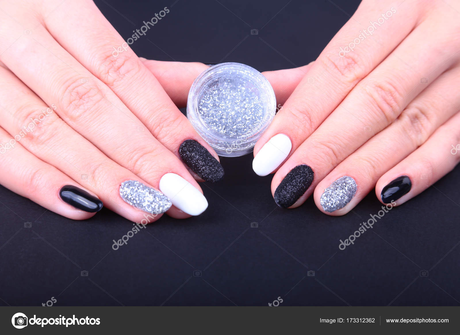 Black White Nail Art Manicure Holiday Style Bright
