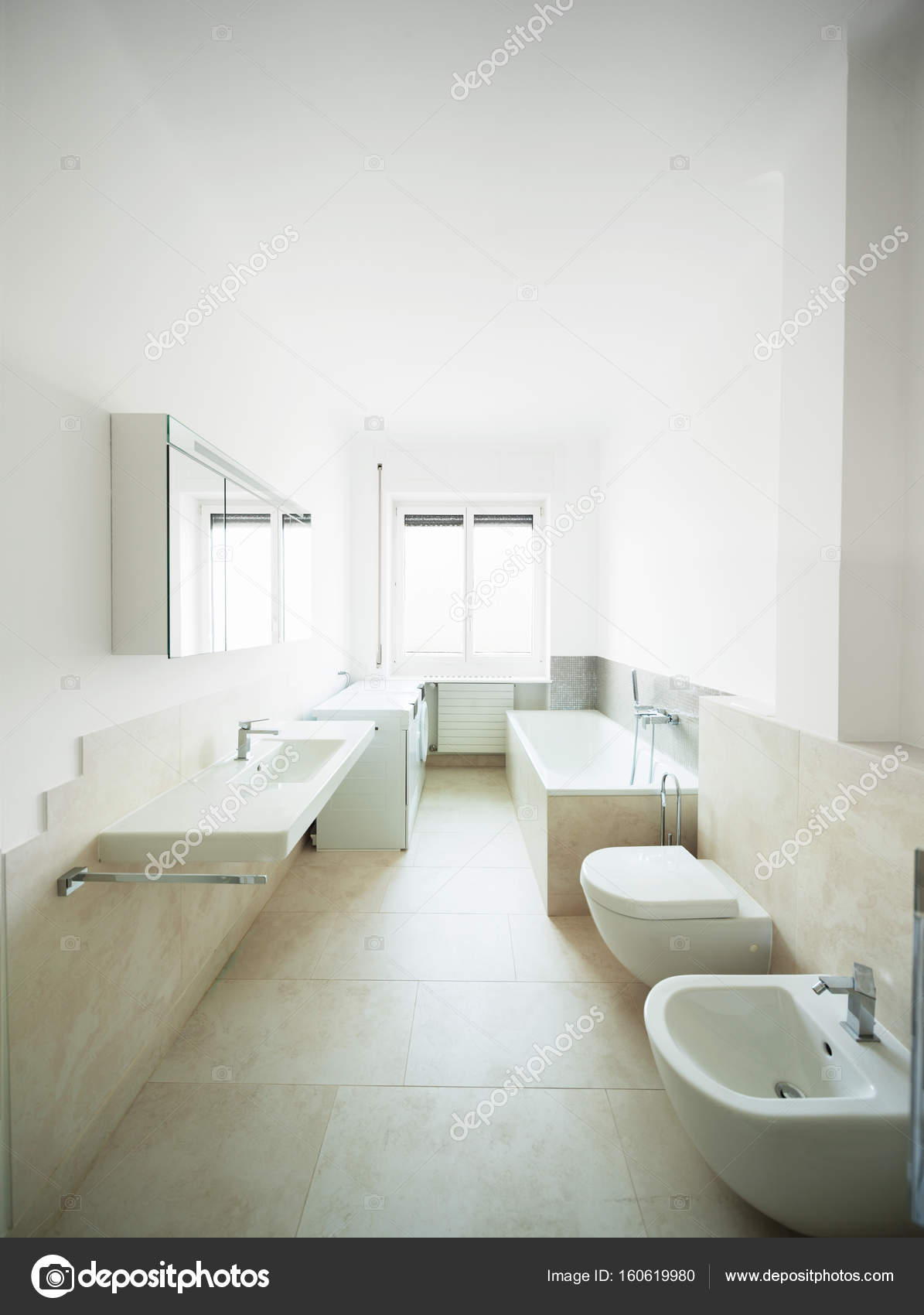 Moderne Toilette Breed Wc In Een Modern Huis Stockfoto Zveiger 160619980