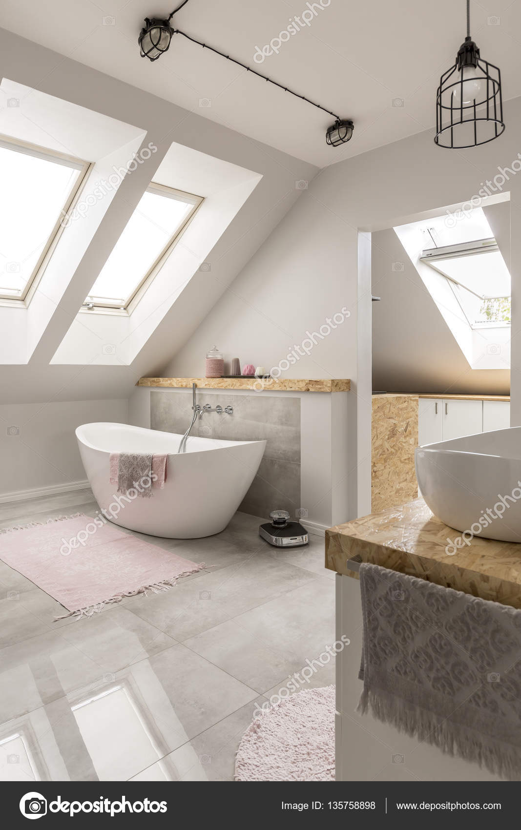 Marmorbad Freestanding Bath In Marble Bathroom ⬇ Stock Photo, Image By © Photographee.eu #135758898