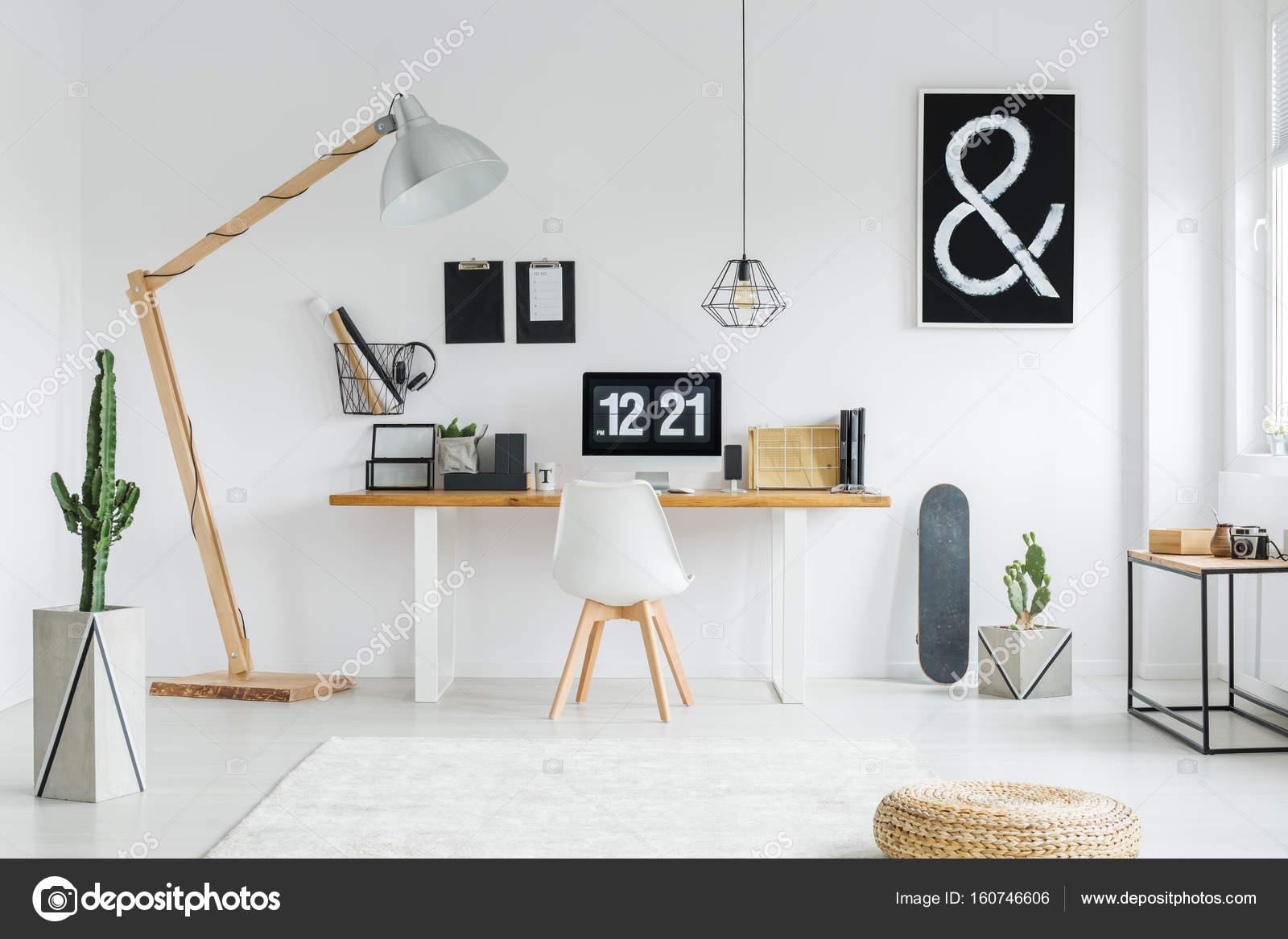 Bureau decoratie speelhoek met ikea stuva en trofast speeltafel ikea