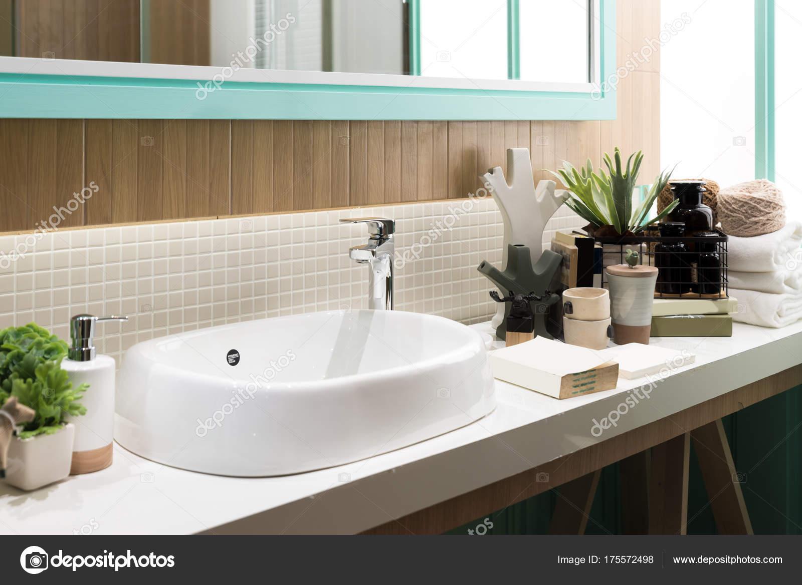 Lavandini Da Bagno Moderni : Lavandini bagno moderni lavandini bagni moderni elegant lavabo