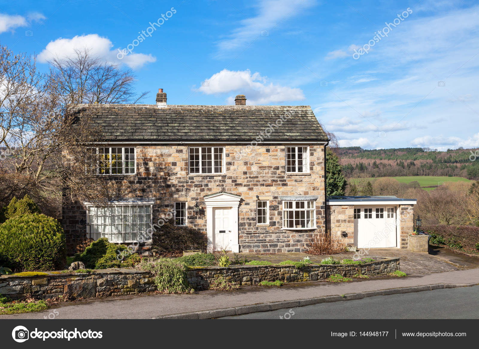 Cottage Haus Traditional English Cottage House Stock Editorial Photo