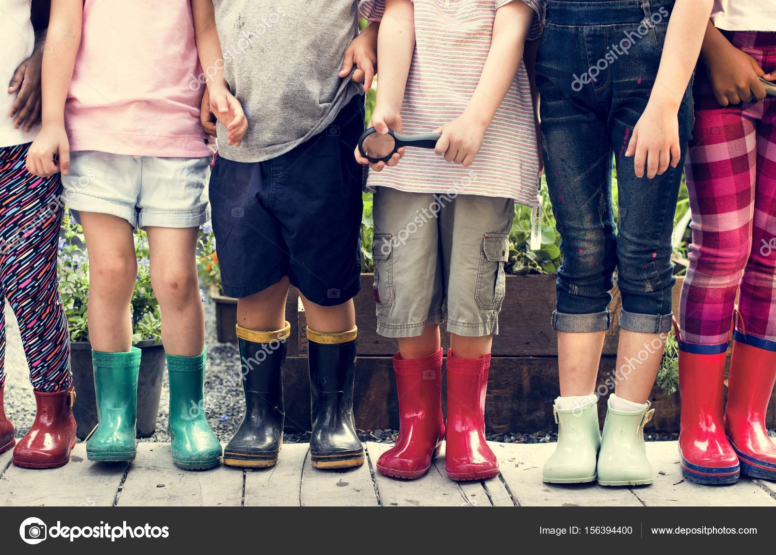 Criancas Usando Botas De Borracha Stock Photo C Rawpixel