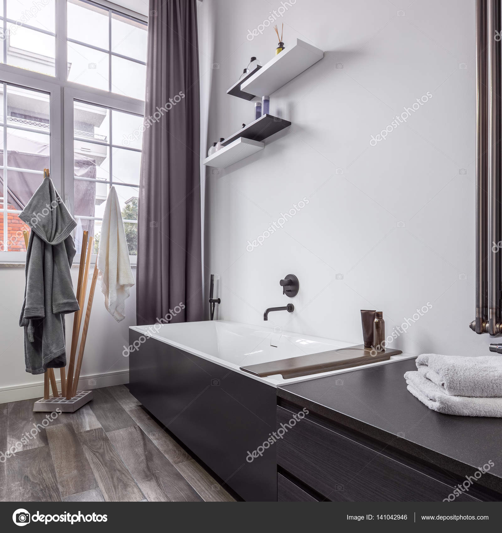 Badezimmer Industrial Badezimmer In Industriellem Stil Stockfoto In4mal 141042946