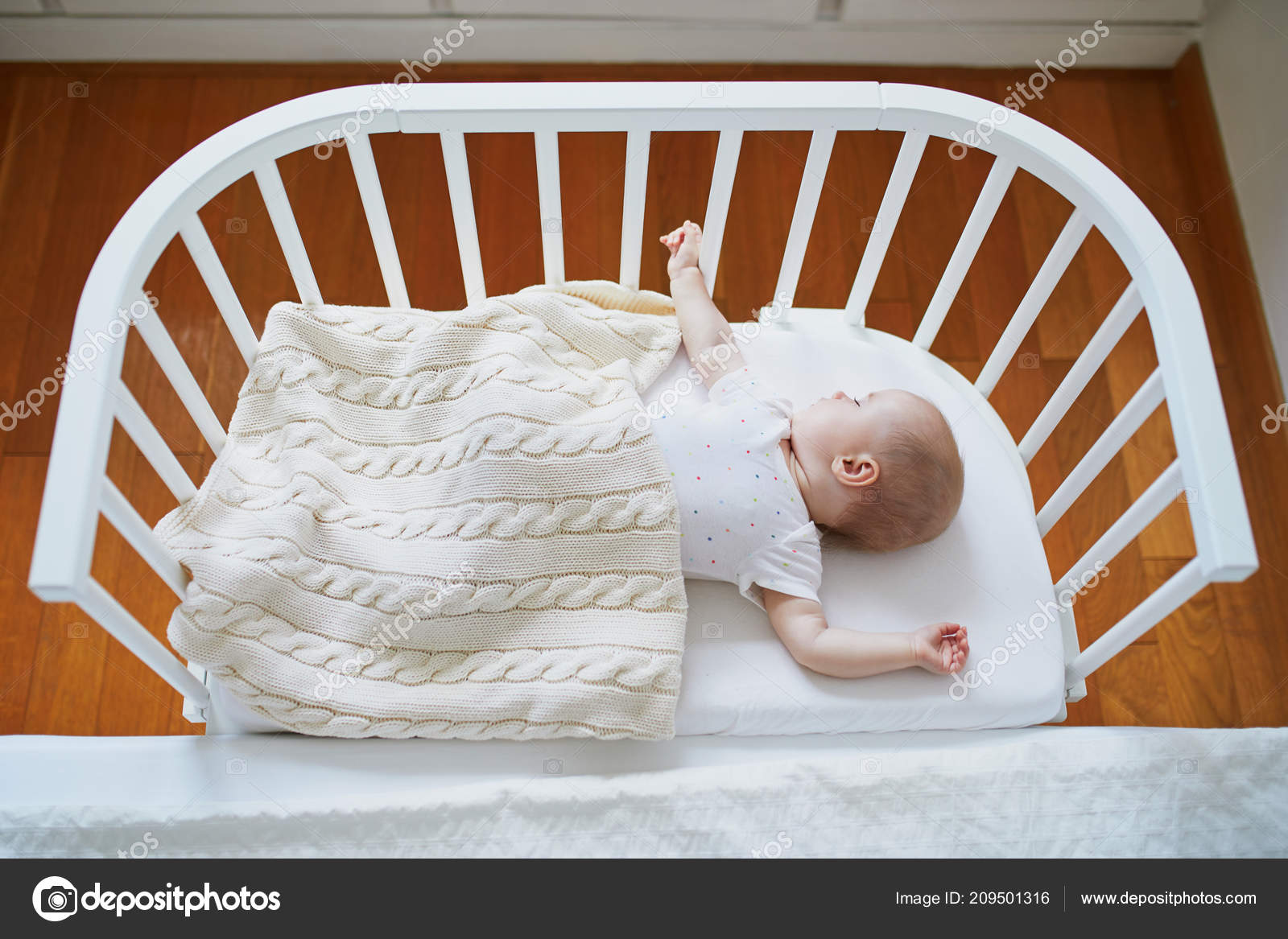 What Can Baby Sleep In Next To Bed Pictures Co Sleeper Adorable Baby Girl Sleeping Sleeper