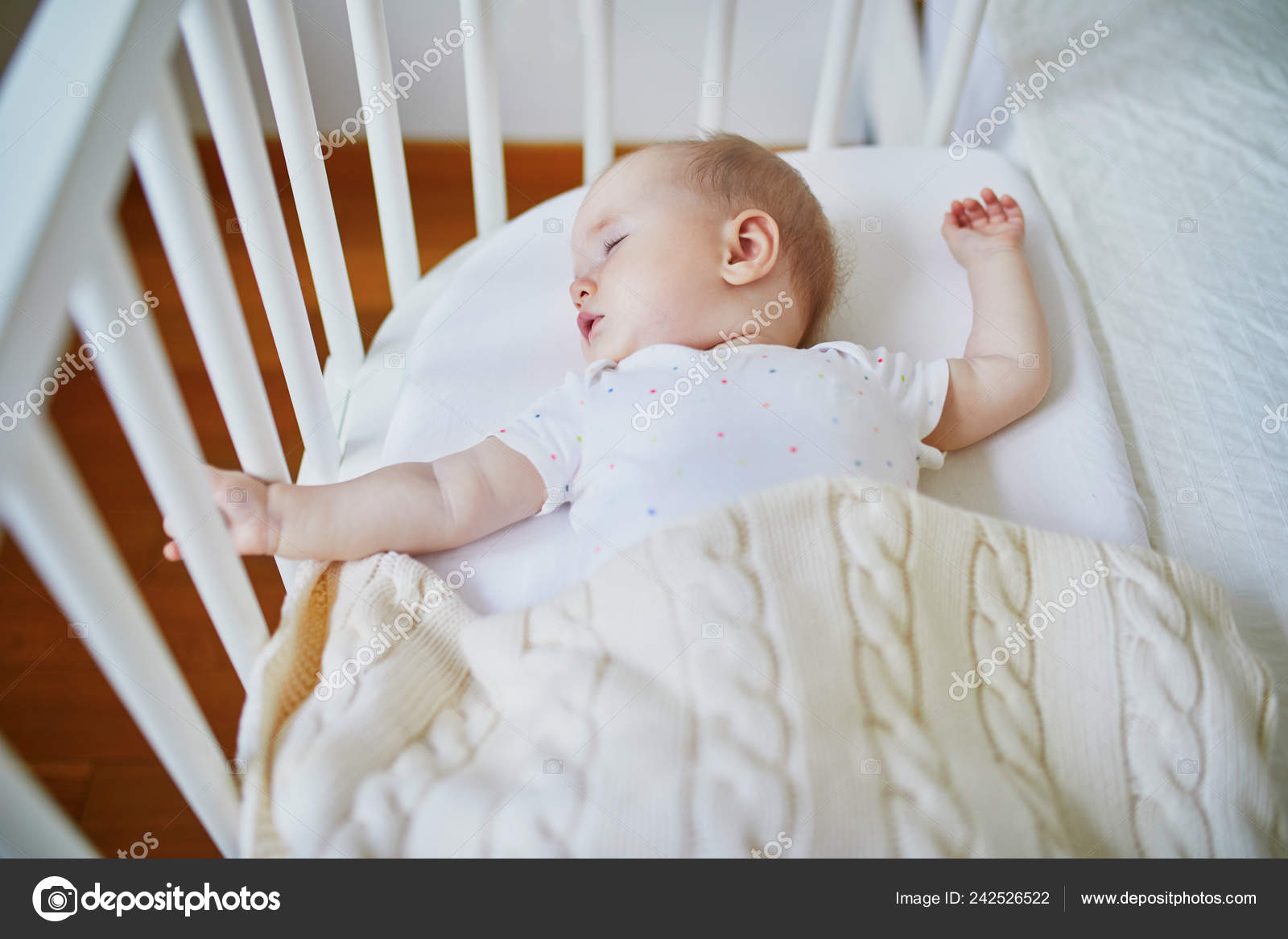 Baby Cots That Attach To Beds Adorable Baby Girl Sleeping Sleeper Crib Attached Parents