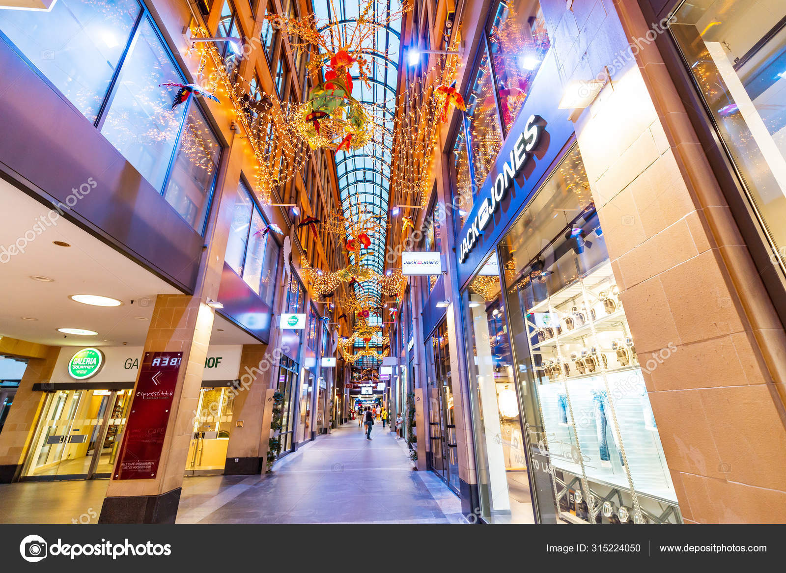 07 August 2019 Munchen Germany Kaufingertor Passage Shopping Mall At Evening Stock Editorial Photo Frantic00 315224050
