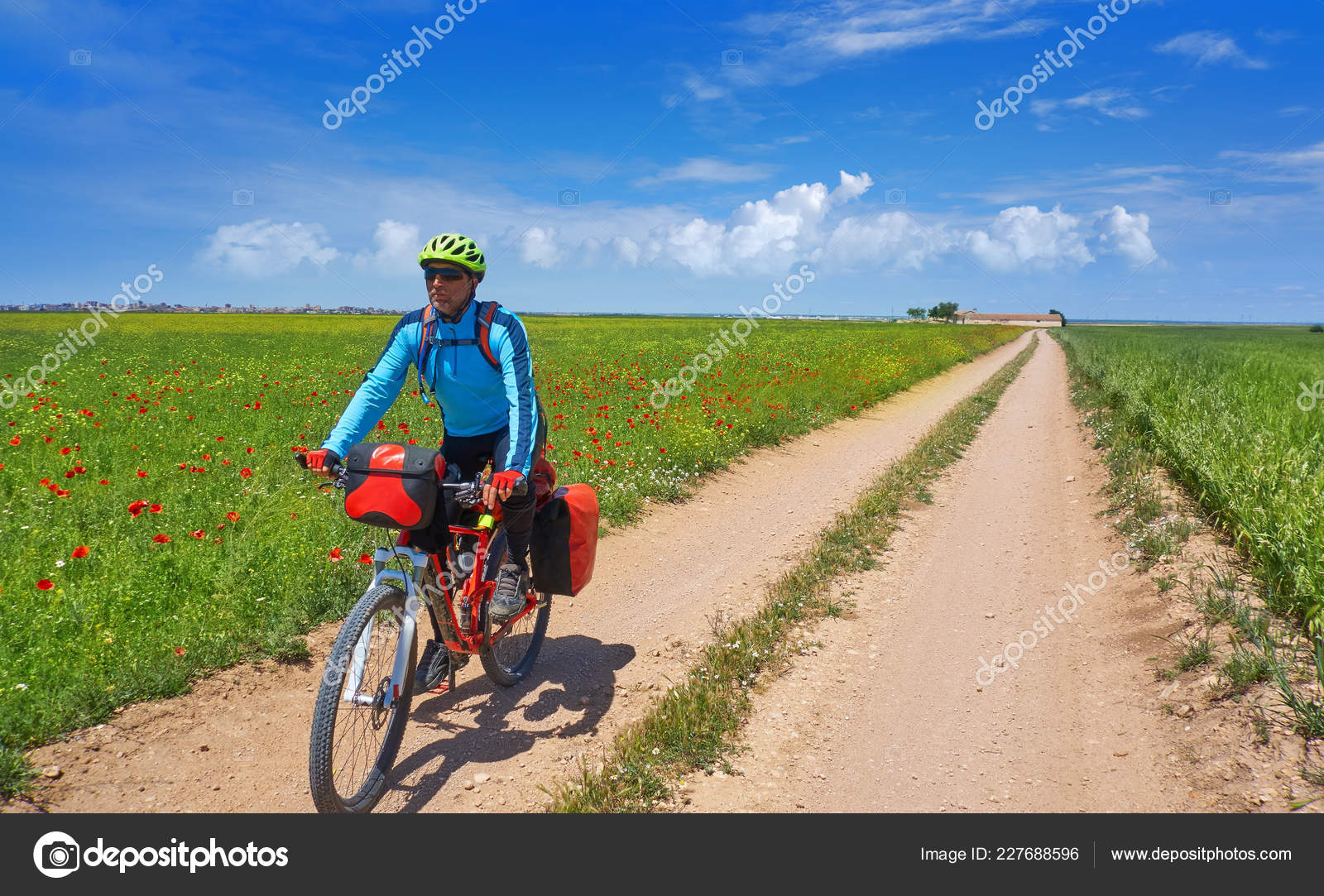 Camino Frances Fahrrad Biker Camino Santiago Bicycle Saint James Way Levante Spain
