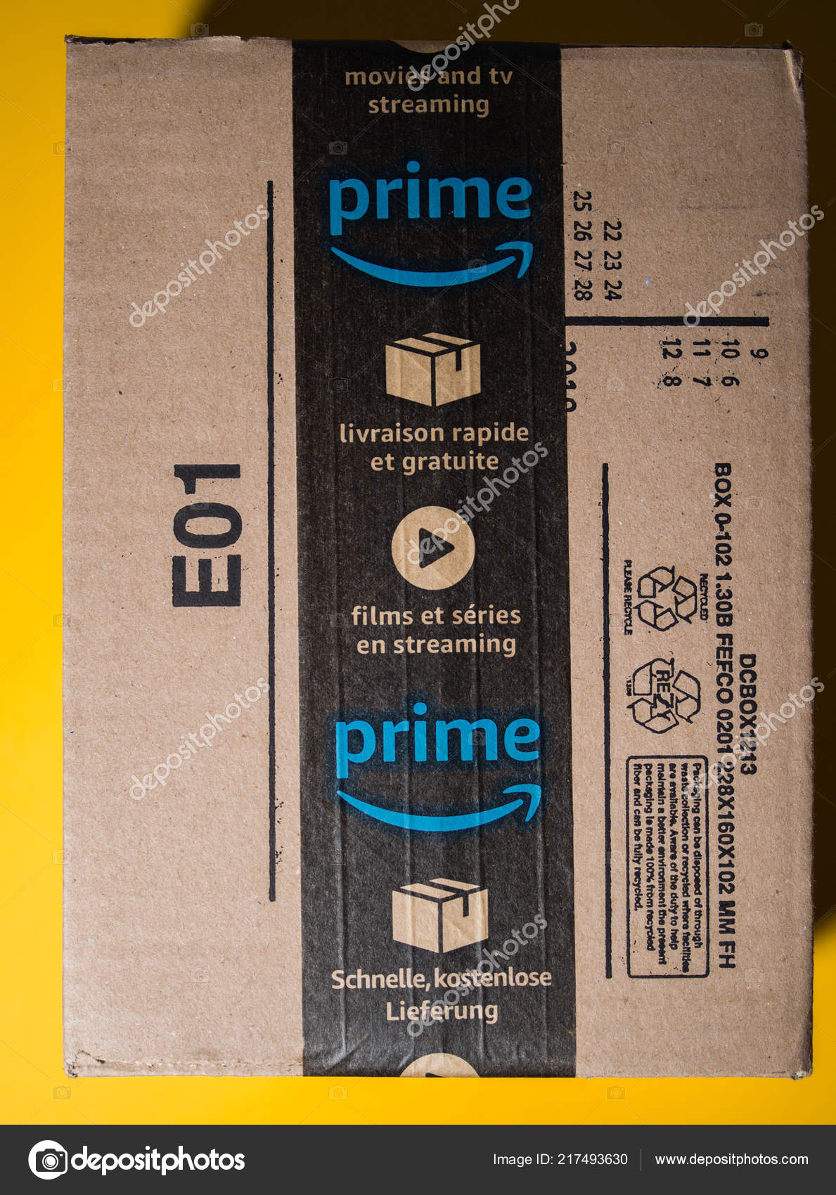Amazon Usa Livraison France Amazon Prime Cardboard Box Delivery With Seal Scotch Tape Stock
